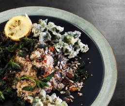 BioGourmet Rezept Glutenfreier Buchweizen-Bulgur mit Gemüse und frittierten Brennnesseln