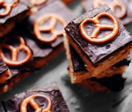 BioGourmet Rezept Schokolade-Brezel-Kuchen mit Karamell