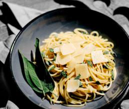 BioGourmet Rezept Spaghetti mit Trüffelöl und Salbei