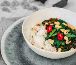 Schnelles Linsen-Curry mit Spinat und Kokosmilch BioGourmet Rezept